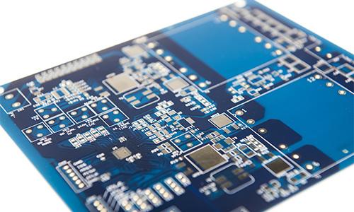 circuito stampato blu